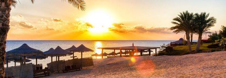Hurghada-Beach-iStock_000041373108_Large-2
