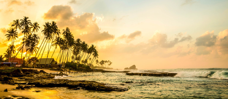 ocean-beach-at-the-morning-sri-lanka-istock_000090299519_large-2