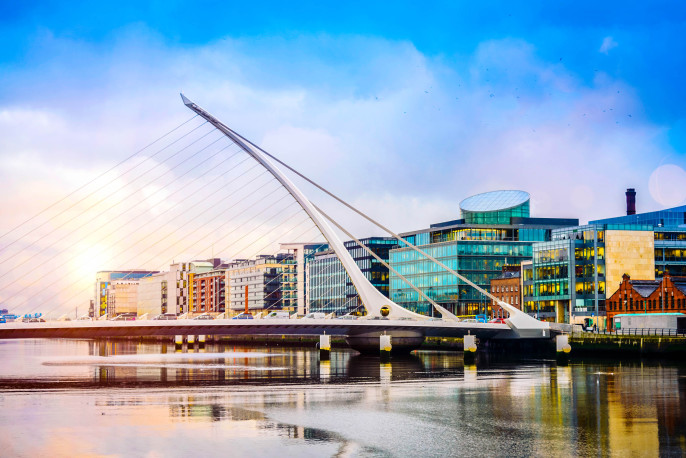 Dublin City Samuel Beckett Bridge iStock_000023055348_Large-2