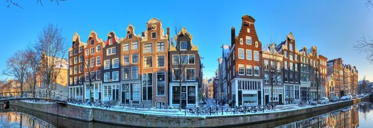 V3_header_Amsterdam_Winter_shutterstock_136108088